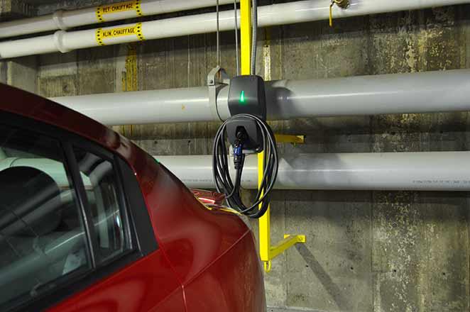 Installation borne de recharge en condo murbly.com